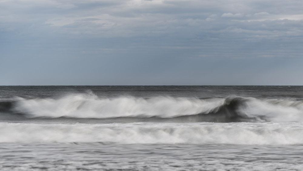 waves by cuco de frutos